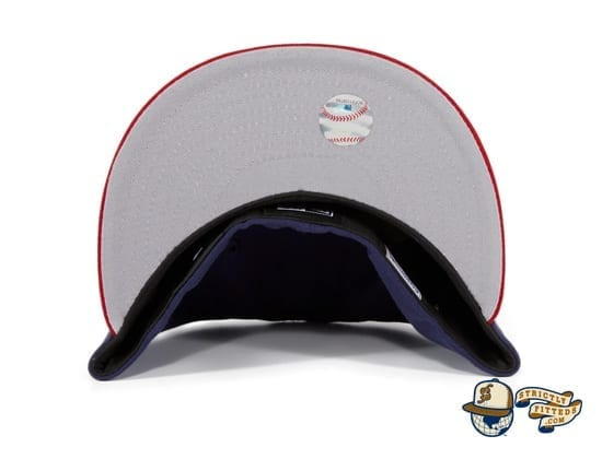 Hat Club Exclusive Chicago White Sox 1982 59Fifty Fitted Hat by MLB x New Era under bill