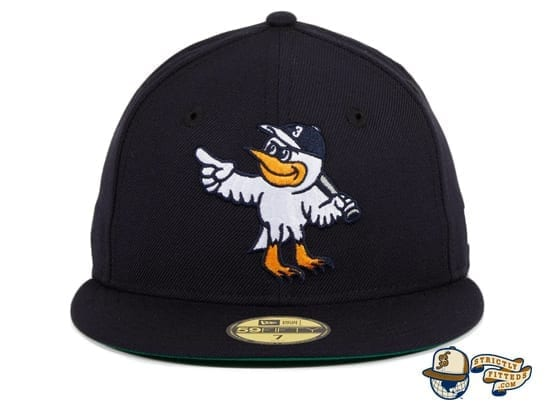 Goose Island Bombers Navy 59Fifty Fitted Hat by Dionic x New Era