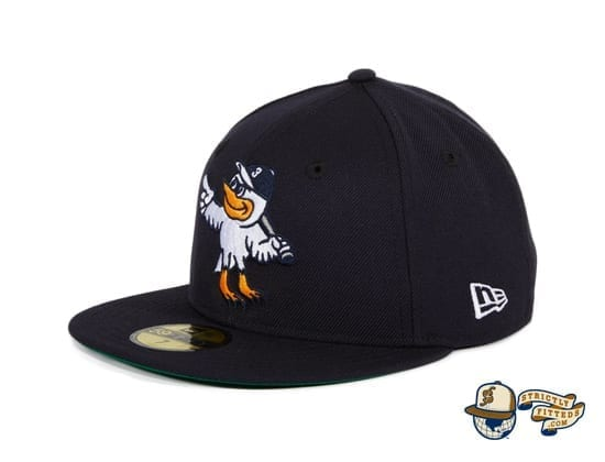 Goose Island Bombers Navy 59Fifty Fitted Hat by Dionic x New Era flag side