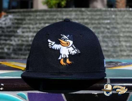 Goose Island Bombers Navy 59Fifty Fitted Hat by Dionic x New Era cap