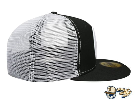 Mua Black White Trucker Woodland Camo 59Fifty Fitted Cap Fitted Hawaii New Era side