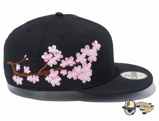 Sakura Light Side 59Fifty Fitted Cap by New Era side