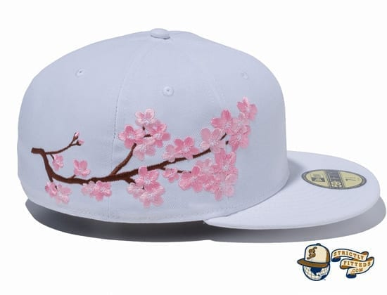 Sakura Light Side 59Fifty Fitted Cap by New Era side white
