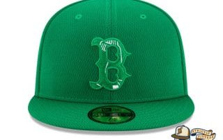 St. Patrick's Day 2020 On Field 59Fifty Fitted Hat by MLB x New Era boston