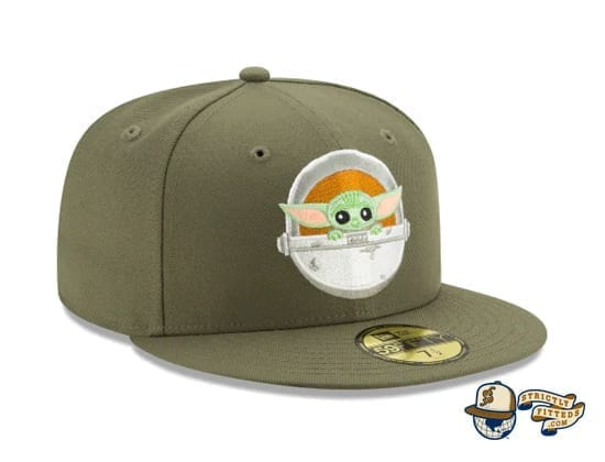 The Mandalorian Collection 59Fifty Fitted Cap by Star Wars x New Era baby yoda side