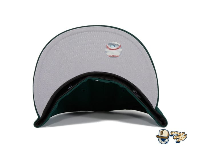 Hat Club Exclusive Sugar Skull 59Fifty Fitted Hat Collection by MLB x New Era undervisor