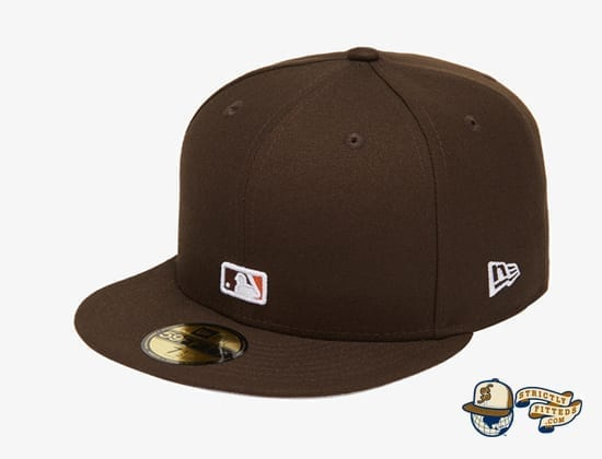 Reverse Logo 59Fifty Fitted Cap Collection by MLB x New Era flag side brown