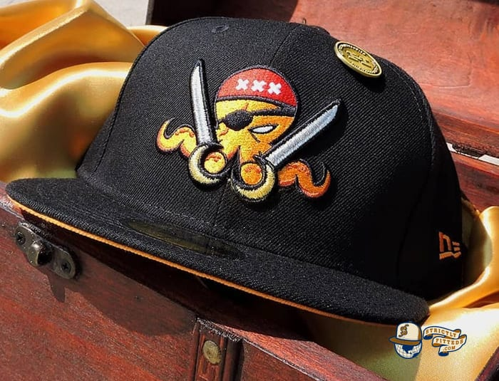 Marauder OctoSlugger 59Fifty Fitted Cap by Dionic x New Era