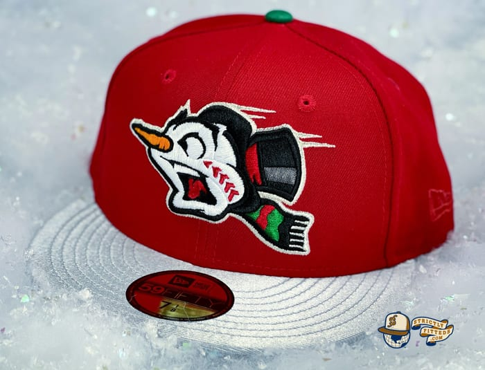 Frost-Eh Red Icy Silver 59Fifty Fitted Cap by Noble North x New Era