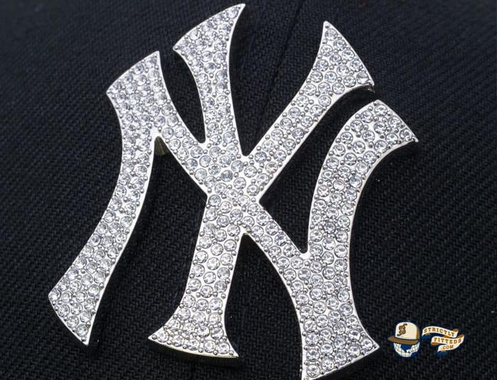 New York Yankees Rhinestone Badge 59Fifty Fitted Cap by MLB x New Era